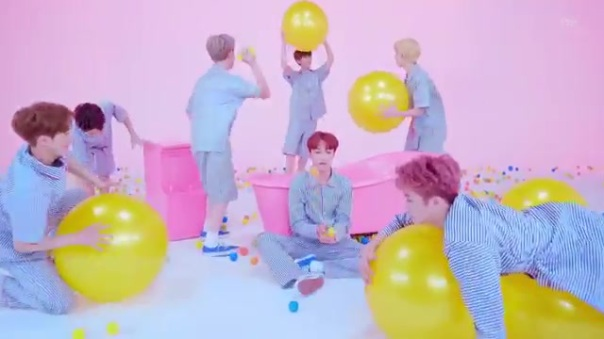 Nct Dream Chewing Gum Music Video review 33